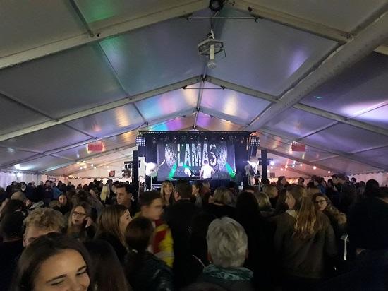 Die Band LAMAS im Festzelt in Börwang im Allgäu