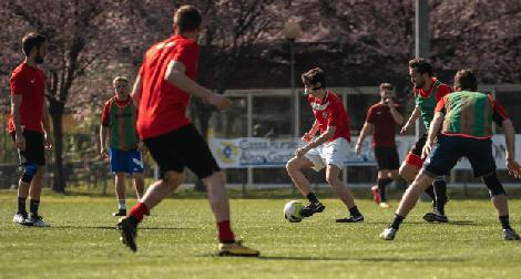 Fußball anschwitzen vor Spiel