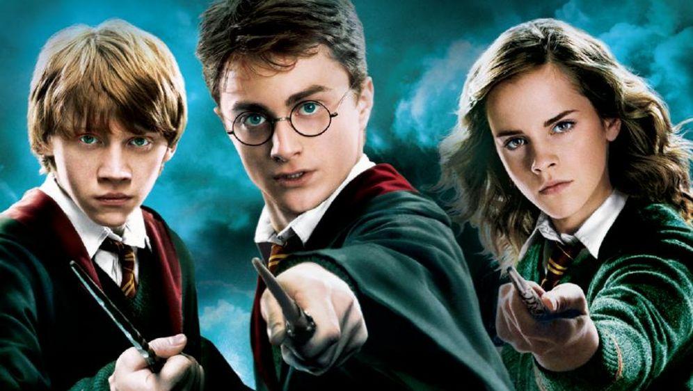 Harry Potter mit Hermine Granger und Ron Weasley
