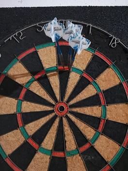 3 perfekte Darts in die Triple 20