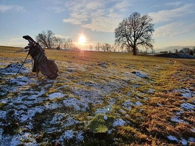 Winterliches Golfvergnügen in Lenzfried