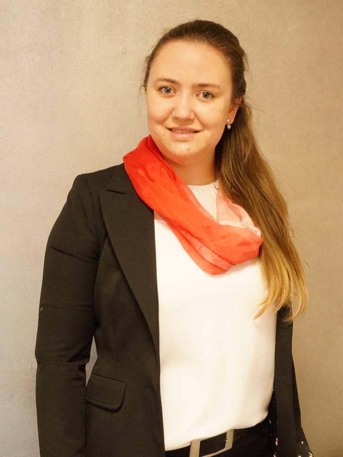 Veronika Lacher ist die neue Filialleiterin der Sparkasse Allgäu in Unterthingau
