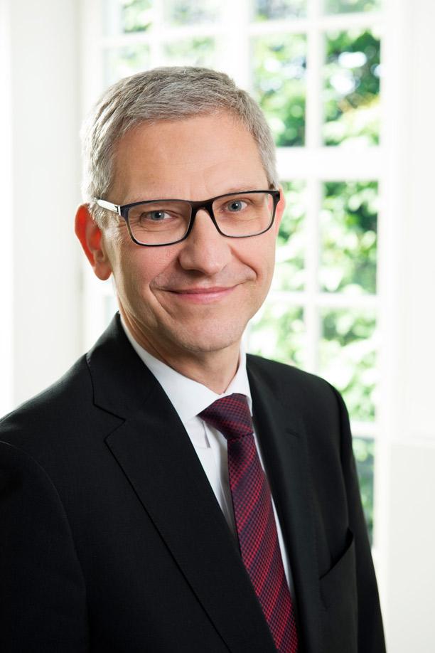 Moderator Ulrich Meixner von der Börse München