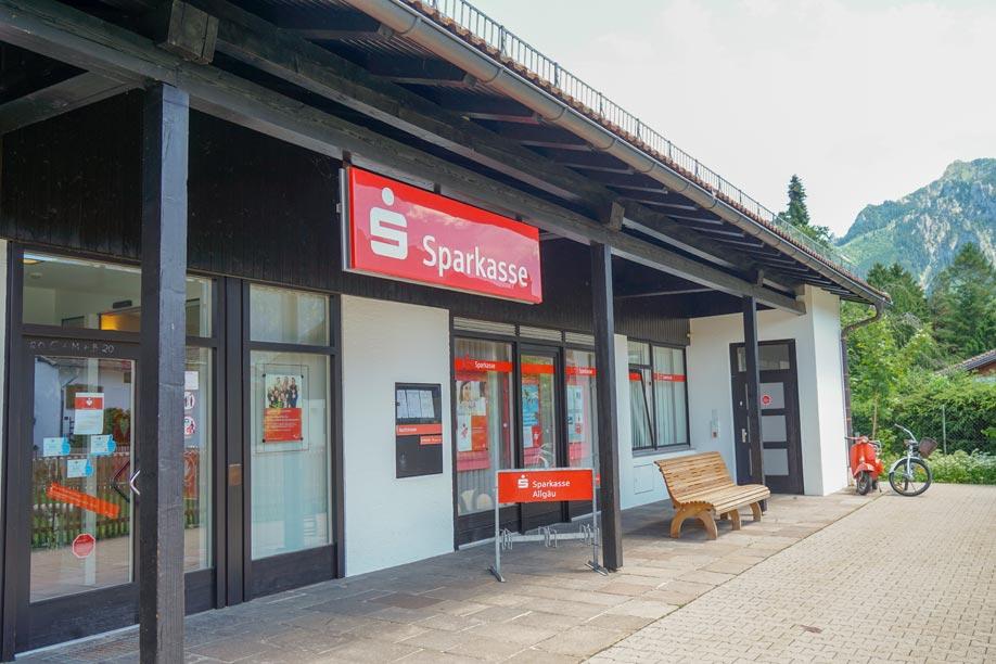 Die Filiale der Sparkasse Allgäu in Schwangau (Foto: Duran-Pablo)