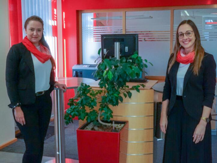 Monika Lacher übernimmt die Leitung der Sparkassenfiliale in Unterthingau von Monika Scheifele