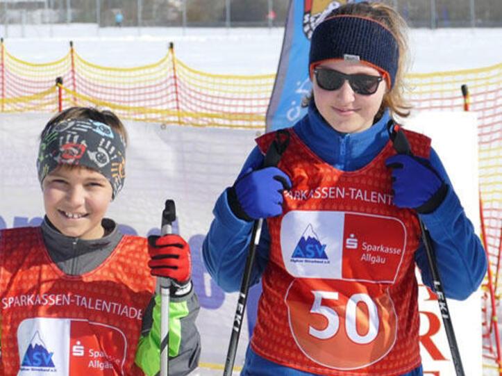 Mit Spaß in den nordischen Skisport hineinschnuppern - mit der Sparkassen-Talentiade
