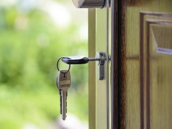 Schlüssel in Haustüre